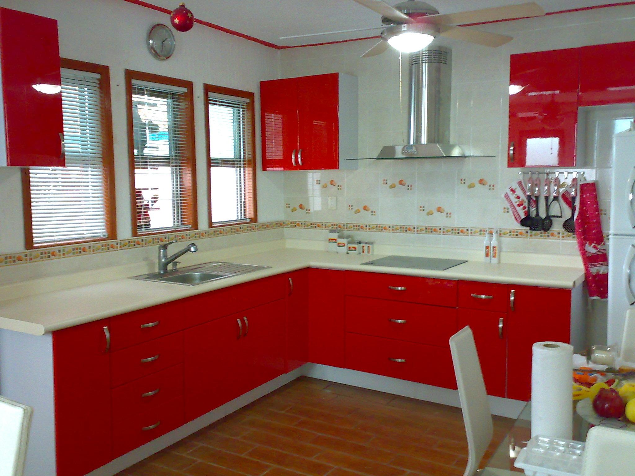 Cocinas integrales marcarso decoraci n de interiores for Muebles para casas chicas