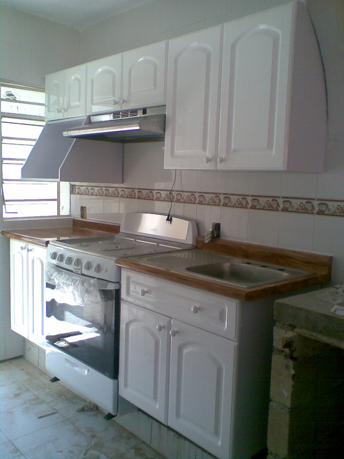 Cocinas integrales marcarso decoraci n de interiores - Cocinas de color blanco ...