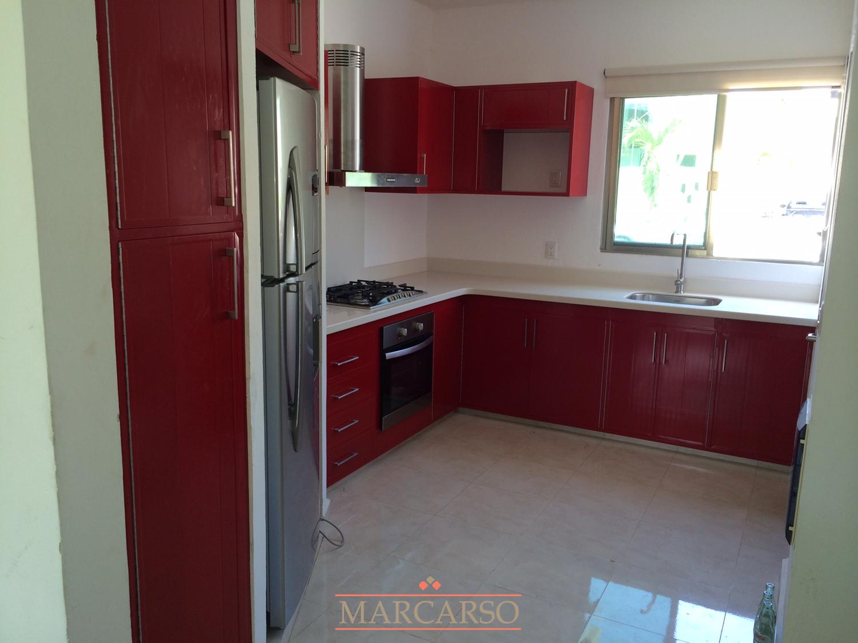 Cocinas integrales marcarso decoraci n de interiores for Puertas cocina integral